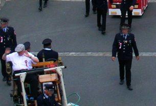 Der Eslarner Ortsgeistliche als Ehrengast
